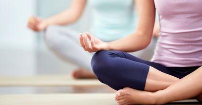 Foto van een yoga houding